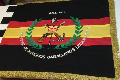 bandera bordada caballeros legionarios, bordados palma de mallorca